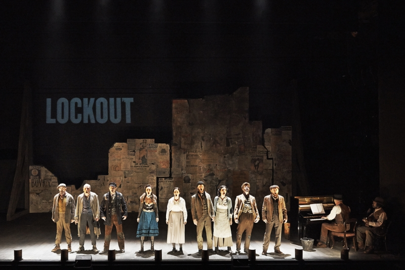 L-R Phelim Drew (Mr. Hennessy), Joe Hanley (Rashers Tierney), Keith Hanna (Pat), Kate Stanley Brennan (Lily Maxwell), Charlotte McCurry (Annie), Ian Lloyd Anderson (Fitzpatrick), Hilda Fay (Mrs. Hennessy), Lloyd Cooney (Joe), Simon Boyle (Keever / RIC Man), Conor Linehan (Piano / Ensemble) and Niwel Tsumbu (Guitar / Ensemble) in The Risen People by James Plunkett, adapted by Jimmy Fay from a version by Jim Sheridan. Photography by Ros Kavanagh.